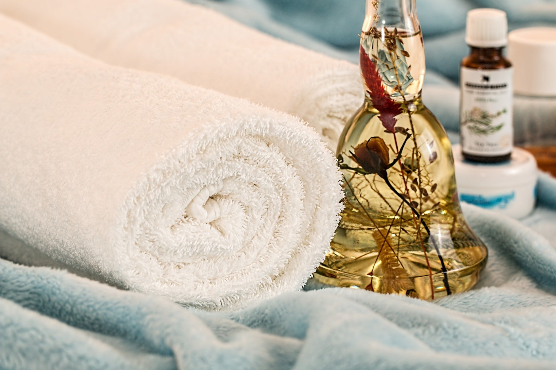 Why Should You Consider a Resort with a Spa for Vacation?