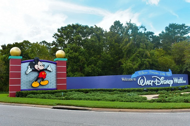 How Far in Advance can you Book a Disney Vacation Online?