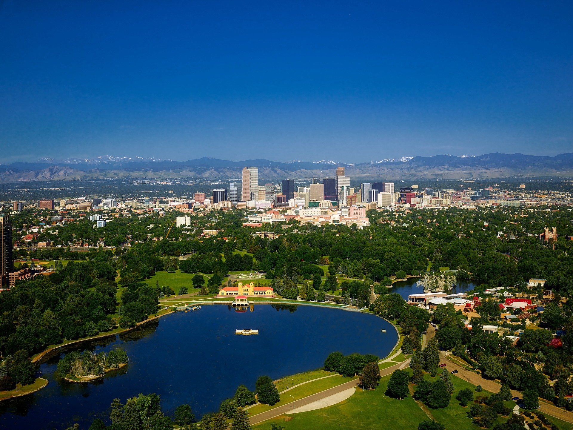 Finding Your Downtown Denver Car Rental Locations While On Vacation